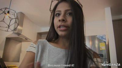 Joven Colombiana Desesperada Por Una Verga