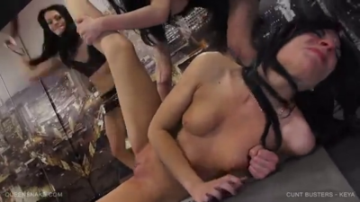 Brutal, 2 Locas Lesbianas Le Queman El Coño