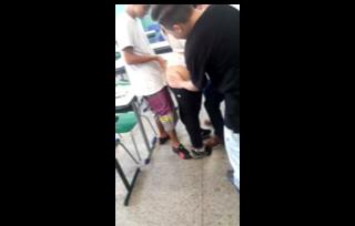Profesora De Puta Con 3 Estudiantes En Hora Del Receso