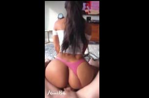 Jovencita Latina De Nalgas Perfecta Y Bien Duras